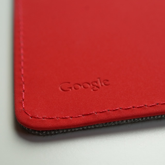 NewNexus7-2013-google-official-case-red.jpg